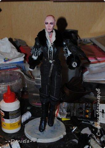 До чего же она противная, но... у нее такой классный костюм! Я не удержалась и сделала её:)  36 см с подставкой.  фото 29