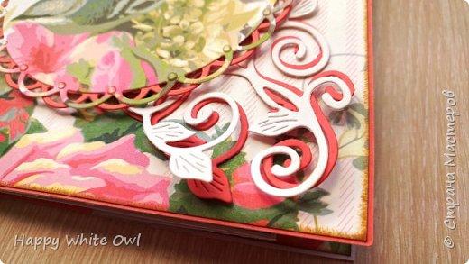 Всем привет!  Сегодня хочу Вам показать открытку с интересной раскладкой.  Схему найдете здесь http://frommycraftroom.blogspot.ru/search/label/3-Step%20Cards. Там все размеры указаны в сантиметрах, что очень облегчает жизнь)) У меня открытка получилась довольно простой, т.к. я подобные открытки оформлять просто не умею. Хотела в правый верхний угол добавить цветы, но у меня не получилось сделать их достаточно красивыми. Поэтому угол остался голым. фото 2