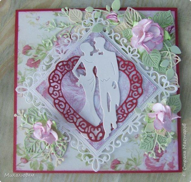 Всем здравствуйте! Рада новой встрече с вами. И представляю вам свою новую открытку. Тоже свадебная и похожа на предыдущую. Тут я невесте фату из фатина пристроила. фото 7