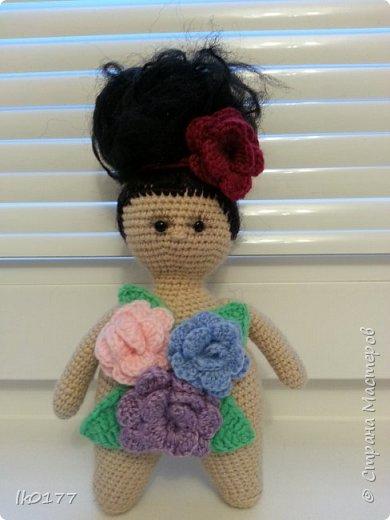 Интерьерная вязанная кукла фото 19