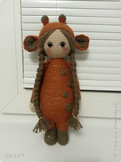 Интерьерная вязанная кукла фото 9