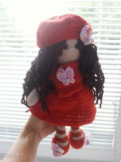 Интерьерная вязанная кукла фото 6