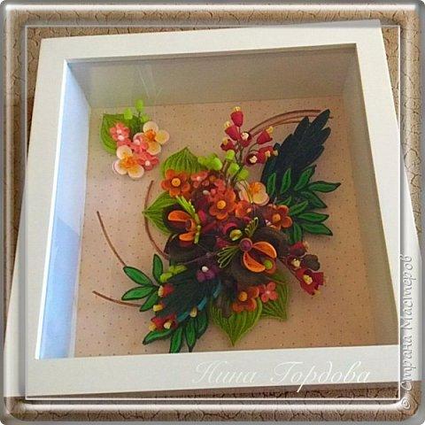 Орхидея- загадочный цветок. Природа поделилась с нами таким разнообразием форм и красок, что я долго собиралась с мыслями, что же выбрать для своей работы. Начала пробовать, постепенно скручивая и примеряя. фото 9