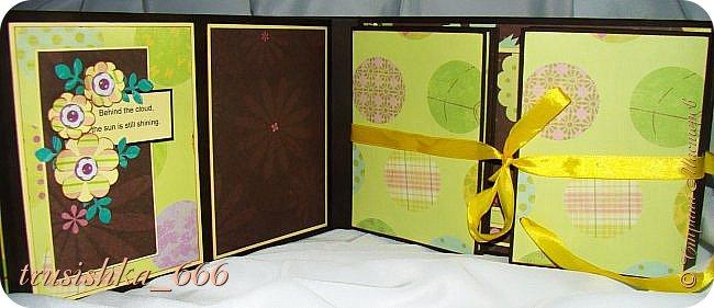 И последний на сегодня альбом в зелено-желто-коричневой гамме, на 60 фото.  Оставалась бумага из набора и я ее всю пустила в ход, тоже очень давно лежала, ждала своего часа. Делала его аж 3 дня, уф... Долго... Вот такой получился альбомчик вместительный. фото 23