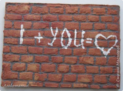 """Всем огромный привет!  Представляю вам АТС карточки """"Уличные афоризмы"""". Карточки конечно красивыми не назовешь, но раз идея пришла, уж очень захотелось воплотить в жизнь. Примелькались мне всякие надписи на стенах гаражей и дворов, вот появилась такая серия.  Техника барельеф наверно называется. Использовала шпатлевку по дереву, краски (гуашь, акриловые краски)  Я должна карточки мастерицам Элайджа http://stranamasterov.ru/user/399311,  p_olya71 (Ольга) http://stranamasterov.ru/user/368861 и Нельча (Неля) http://stranamasterov.ru/user/425110, прошу их выбирать, если им понравиться. фото 2"""