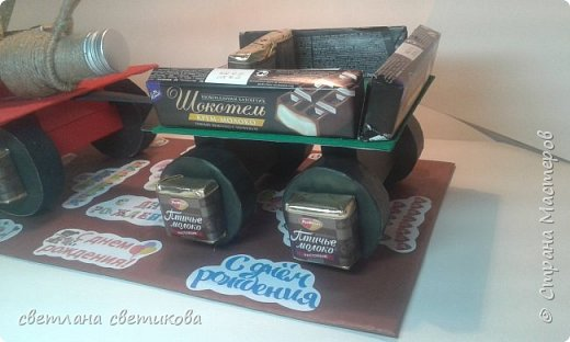 Ноутбук из конфет и шоколадок. фото 8