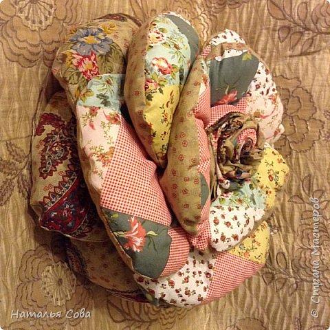 Подушка роза фото 2