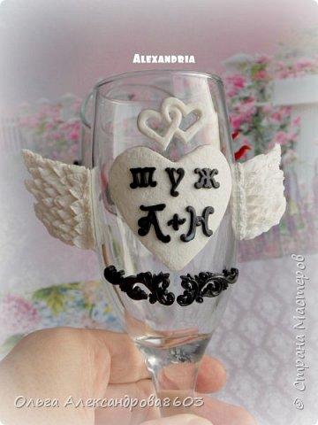 Декорировала бокалы для семейной пары,на годовщину свадьбы фото 2