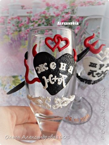 Декорировала бокалы для семейной пары,на годовщину свадьбы фото 3