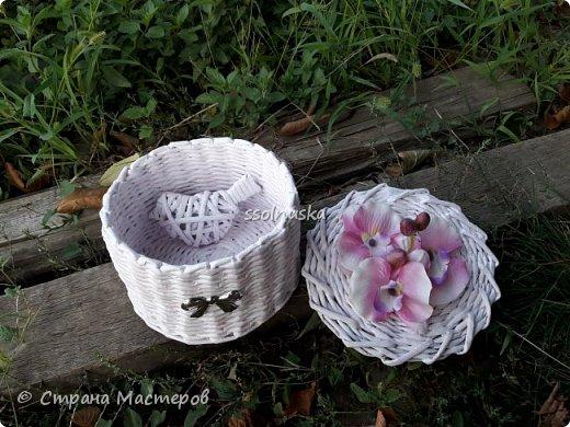 Добрый день! Сплелась корзинка для новорожденной девочки в подарок. Нежно розовая, для будущих бантов и девчачьих  штучек. фото 1