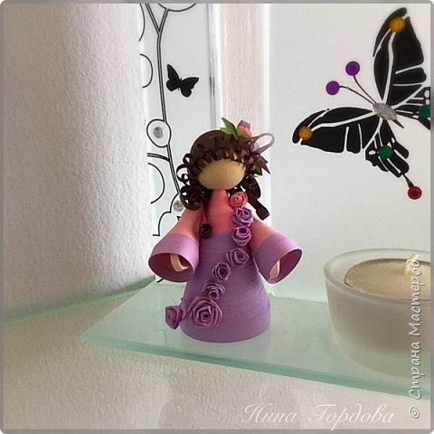 Как-то раз моя сестра прислала мне несколько фото куколок Любови Грасмик - великолепные работы! А сестра собираетколлекцию миникукол из разных материалов.. меня захватила эта идея! Хочется попробовать свои силы))) Вчера приступила! Это пробная куколка,  фото 1