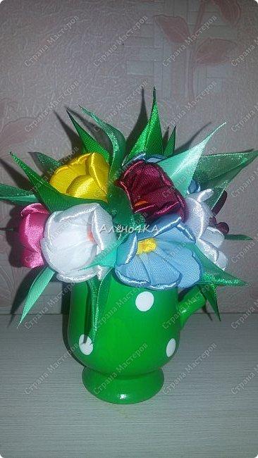 Такой горшочек с тюльпанами сделала в подарок фото 4