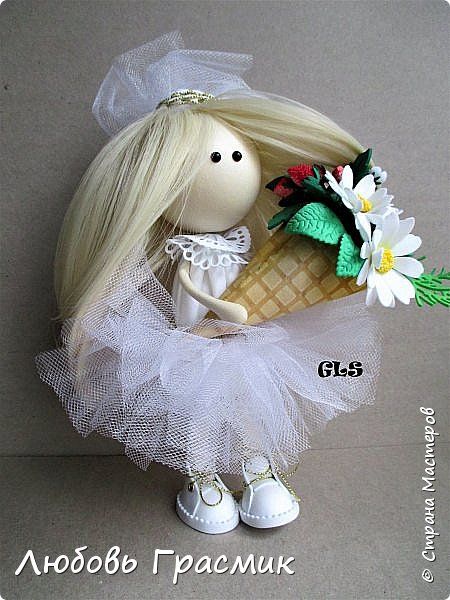 Уставшая, но довольная :-)  завтра , конечно, найду кучу недостатков... но пусть это будет завтра , а сегодня моя первая куколка из фома фото 5