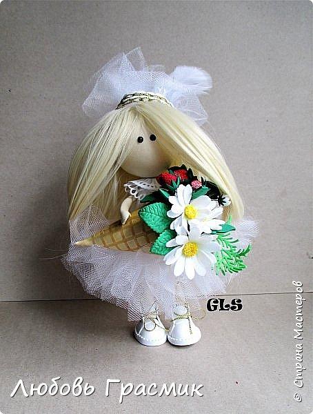Уставшая, но довольная :-)  завтра , конечно, найду кучу недостатков... но пусть это будет завтра , а сегодня моя первая куколка из фома фото 1