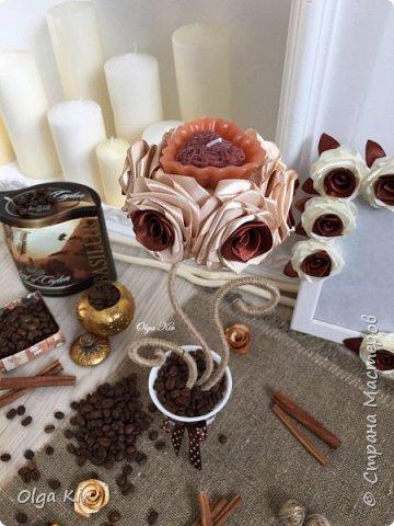 Эти подсвечники я сделала пару лет назад. Свечки ароматизированы и пахнут шоколадом, а кофе в горшочке дополняет своим ароматом. Запааах!!  фото 3