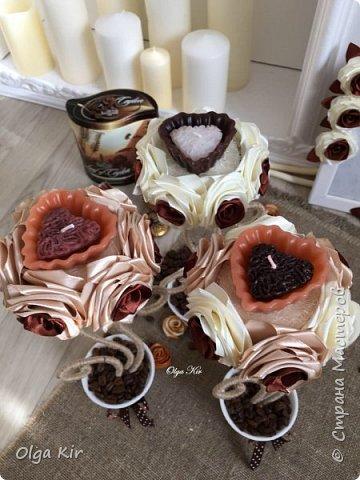 Эти подсвечники я сделала пару лет назад. Свечки ароматизированы и пахнут шоколадом, а кофе в горшочке дополняет своим ароматом. Запааах!!  фото 5