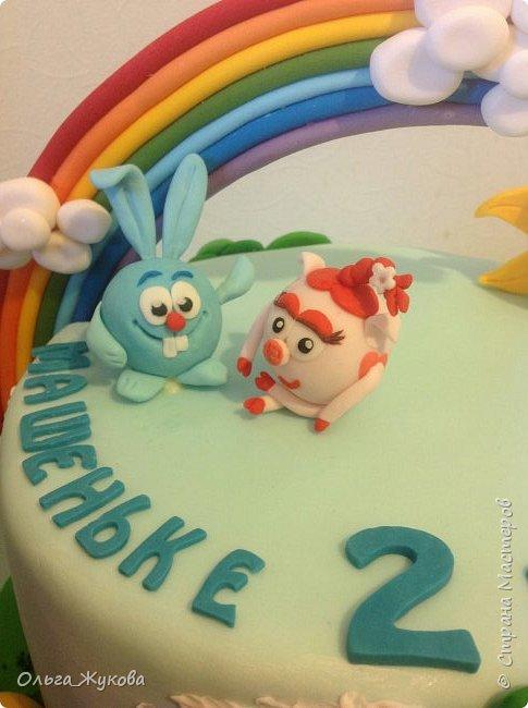 """Всем привет! Хочу показать детский тортик """"Смешарики""""! Цветов тут нет, но мне очень интересно было делать эту работу) я получила огромное удовольствие! Ведь этот тортик для моей младшей доченьки! фото 6"""