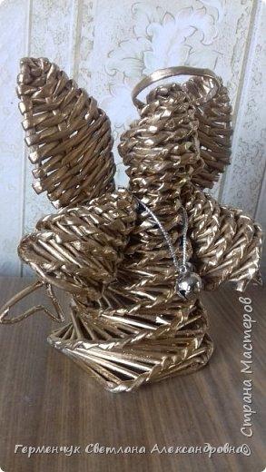Ангел  Рождества Высота 12-13 см .Плетение спиральное .Плела без пирамидальной формы . Конечно до    Рождества еще далеко ,поэтому это   проба- дебют фото 18