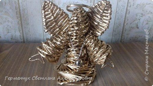 Ангел  Рождества Высота 12-13 см .Плетение спиральное .Плела без пирамидальной формы . Конечно до    Рождества еще далеко ,поэтому это   проба- дебют фото 23