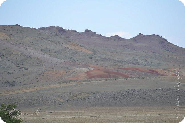 28го июля мы решили проехать до самой дальней точки нашего маршрута по Чуйскому тракту. Доехать планировалось до Кош-Агача. Это примерно 50 км не доезжая до границы с Монголией. Погода и природа радовали нас и восхищали. Предлагаю полюбоваться пейзажами фото 27