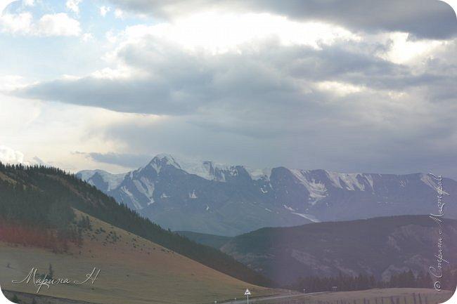28го июля мы решили проехать до самой дальней точки нашего маршрута по Чуйскому тракту. Доехать планировалось до Кош-Агача. Это примерно 50 км не доезжая до границы с Монголией. Погода и природа радовали нас и восхищали. Предлагаю полюбоваться пейзажами фото 34