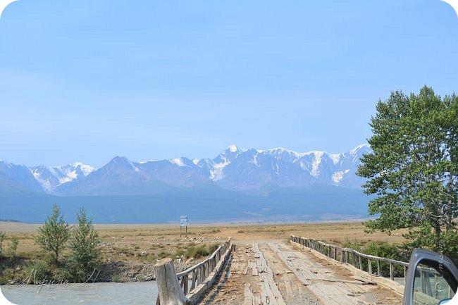 28го июля мы решили проехать до самой дальней точки нашего маршрута по Чуйскому тракту. Доехать планировалось до Кош-Агача. Это примерно 50 км не доезжая до границы с Монголией. Погода и природа радовали нас и восхищали. Предлагаю полюбоваться пейзажами фото 4