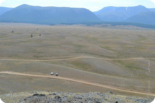 28го июля мы решили проехать до самой дальней точки нашего маршрута по Чуйскому тракту. Доехать планировалось до Кош-Агача. Это примерно 50 км не доезжая до границы с Монголией. Погода и природа радовали нас и восхищали. Предлагаю полюбоваться пейзажами фото 6
