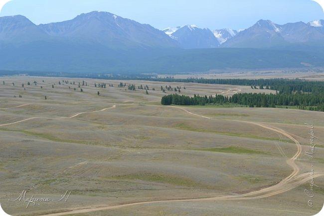 28го июля мы решили проехать до самой дальней точки нашего маршрута по Чуйскому тракту. Доехать планировалось до Кош-Агача. Это примерно 50 км не доезжая до границы с Монголией. Погода и природа радовали нас и восхищали. Предлагаю полюбоваться пейзажами фото 8