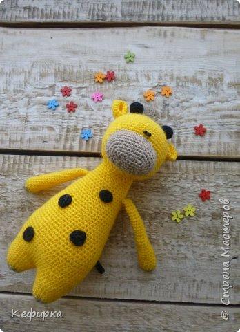 Яркий солнечный жирафик)
