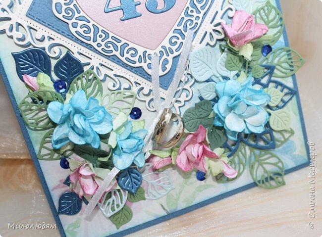 Всем здравствуйте! Вызвалась я сделать открытку на Сапфировую свадьбу, 45 лет совместной жизни. Сапфир синий камень, вот и больше сине-голубых тонов. фото 3