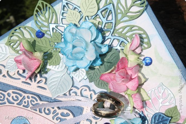 Всем здравствуйте! Вызвалась я сделать открытку на Сапфировую свадьбу, 45 лет совместной жизни. Сапфир синий камень, вот и больше сине-голубых тонов. фото 13