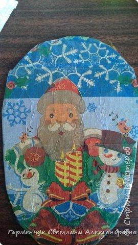 Для самого волшебного праздника -Нового года  , в  Интернете  встречаются  санки для новогодних подарков. Просмотрела много образцов , но сделала собирательный образ саночек, потому что  некоторые  элементы  плетения еще не  научилась   делать  Длина санок с полозьями 32 см ,высота- 14  см.,корзинка  22 см х 13 см фото 3
