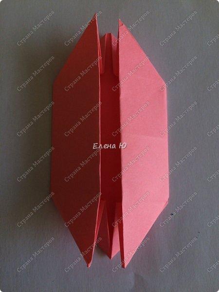 Оригинальный  куб  с рисунком модуля классической кусудамы очень приятно и быстро собирается, но нужны некоторые навыки в этом деле:  фото 11
