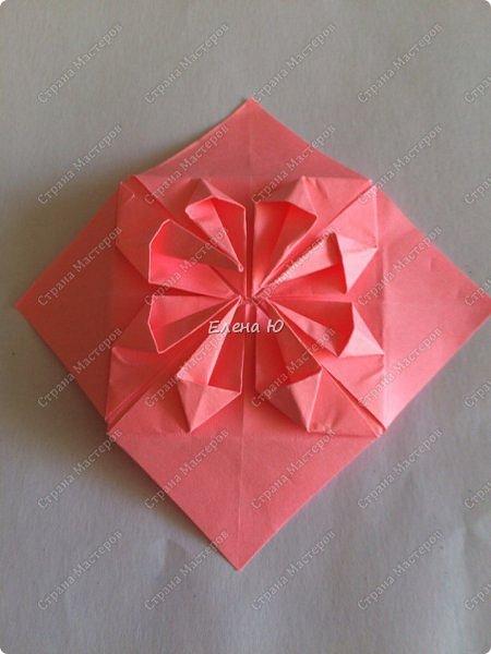 Оригинальный  куб  с рисунком модуля классической кусудамы очень приятно и быстро собирается, но нужны некоторые навыки в этом деле:  фото 21