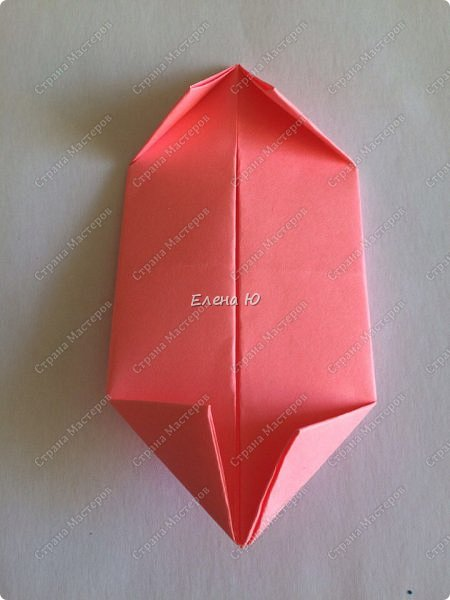 Оригинальный  куб  с рисунком модуля классической кусудамы очень приятно и быстро собирается, но нужны некоторые навыки в этом деле:  фото 8