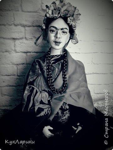 Фрида Кало.Известная мексиканская художница,с очень сложной судьбой!Яркая и сильная,она до сих пор является вдохновением для поэтов,художников и кукольников. фото 2