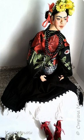 Фрида Кало.Известная мексиканская художница,с очень сложной судьбой!Яркая и сильная,она до сих пор является вдохновением для поэтов,художников и кукольников. фото 4