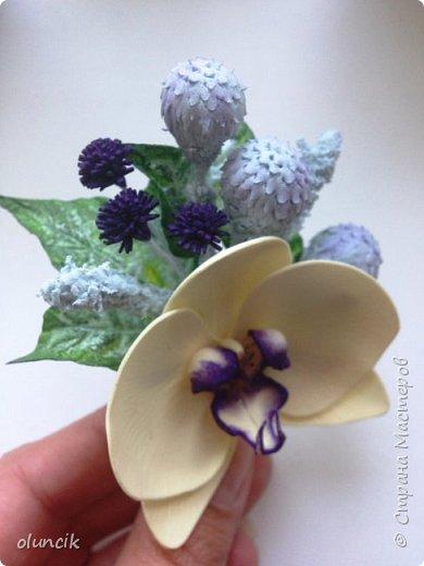 Комплект с цветами Орхидея Фалеонопсис, ягодками Брунии и цветочками Гипсофилы. Вот такая сиреневая мечта была у девушки Елены.  фото 10