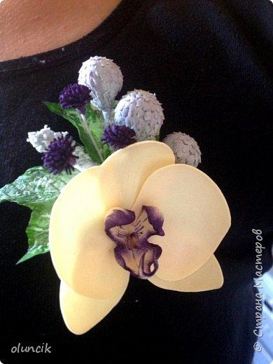 Комплект с цветами Орхидея Фалеонопсис, ягодками Брунии и цветочками Гипсофилы. Вот такая сиреневая мечта была у девушки Елены.  фото 12