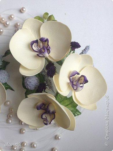 Комплект с цветами Орхидея Фалеонопсис, ягодками Брунии и цветочками Гипсофилы. Вот такая сиреневая мечта была у девушки Елены.  фото 2