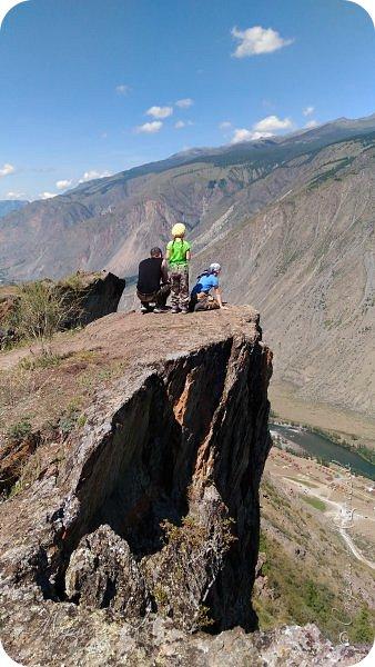 Здесь хочу поделиться самым, пожалуй, волнительным и впечатляющим путешествием на перевал Кату-Ярык. Он перед Вами на фото, но обо всем по порядку фото 22