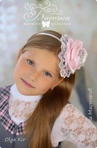 Украшения под школьную форму в серо-розовой гамме. Очень популярное сочетание в этом сезоне фото 1
