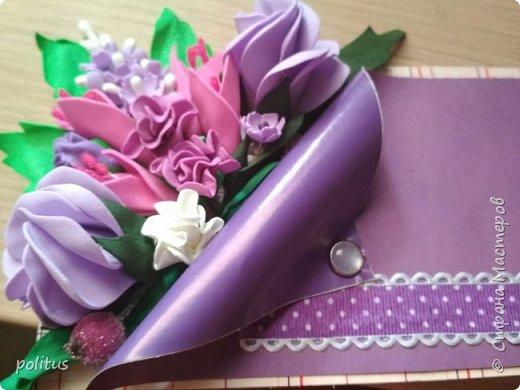 Решила сделать конвертик для денег на свадьбу друзей сама, поискала идеи в инете  и решила, что есть отличное применение цветочкам, которые не попали в ободки. фото 6
