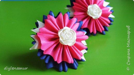 Необычный цветок канзаши из атласных лент, на резиночке. Видео мастер-класс