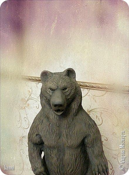 Велес – славянский бог-оборотень, бог-мудрец, покровитель искусств, владыка чародейства. .  Велесу нет равных во владении тайными знаниями, благодаря которым этот бог способен подчинять себе стихии и изменять законы мироздания.  Людям чаще всего являлся в образе медведя. Вообщем - НЕ БУДИТЕ РУССКОГО МЕДВЕДЯ.... фото 3