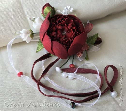 Приветствую всех жителей и гостей прекрасной СТРАНЫ МАСТЕРОВ!! Представляю Вам браслеты и кольца для подружек невесты (заказ). Цветы выполнены из фома, украшены бисером, бусинами и ленточками. фото 2