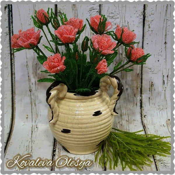Кустовая роза из бисерв фото 1
