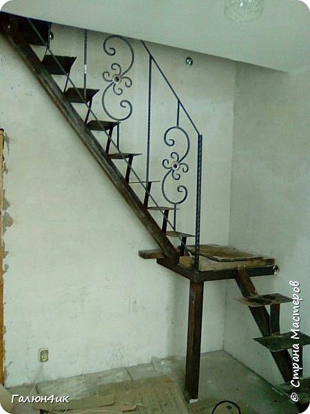 Всем жителям прекрасной страны, доброго дня!!! Я к вам с работой своего мужа...лестница на нашей любимой дачке... фото 5