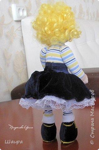 Кукла 30 см. Самостоятельно стоит, сидит, ручки и ножки подвижны на проволоке. Голова, руки из капрона, тело и ножки из ткани.  фото 7