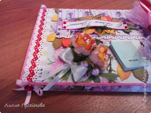 Скоро 1 сентября, решили в этом году подарить нашей учительнице коробку конфет merci. Взяли большую. Долго думали как оформить. Вот что получилось. фото 5